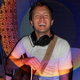 Cody Thomas of Low La La laughing