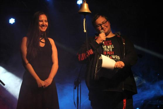 Carmen Klughardt und Steven Stegnitz. (Foto: Björn Othlinghaus)