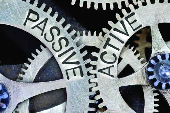 active vs passive management