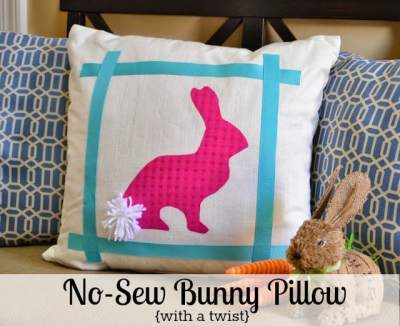 Easter idea - No Sew Bunny Pillow With A Twist :: WorthingCourtBlog.com