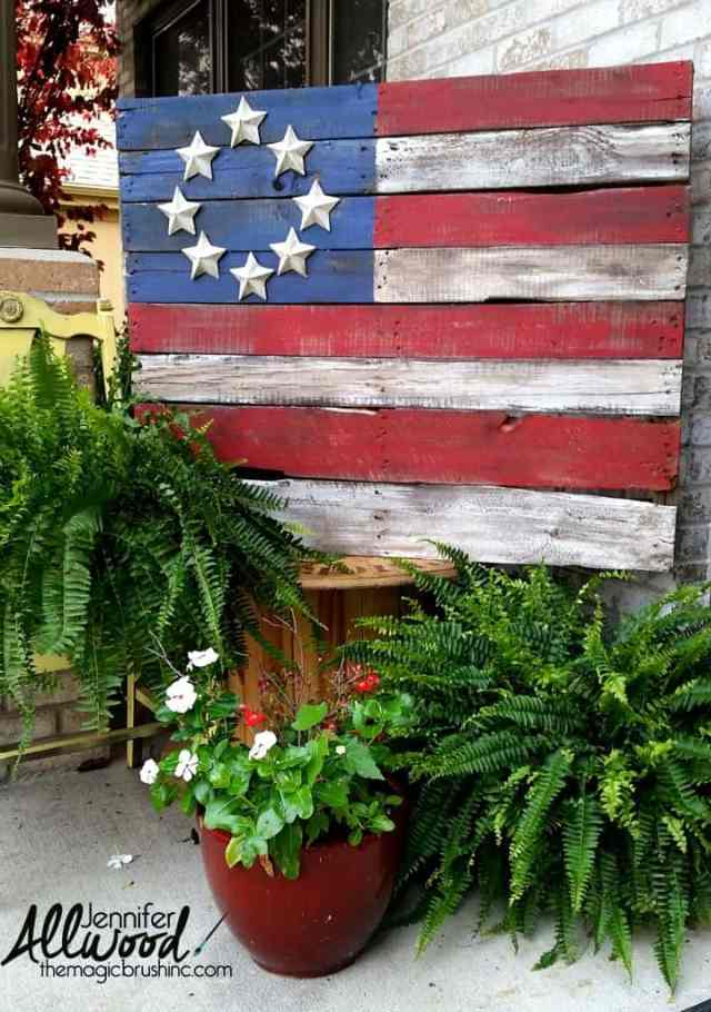 Patriotic Pallet Flags