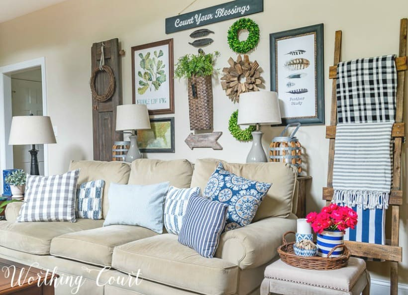 why you should be decorating with trays