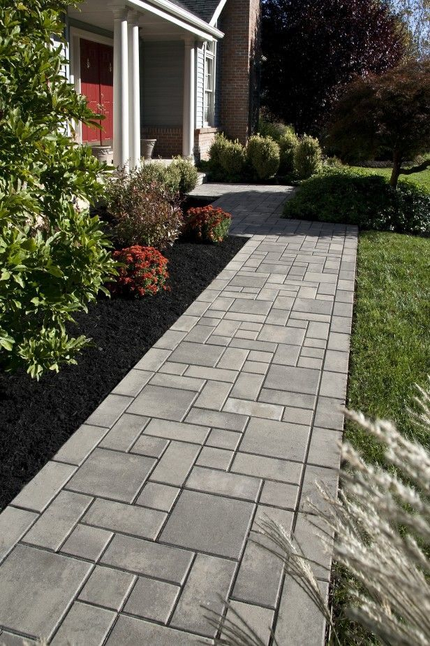 27 Easy and Cheap Walkway Ideas for Your Garden on Backyard Walkway Ideas  id=68162