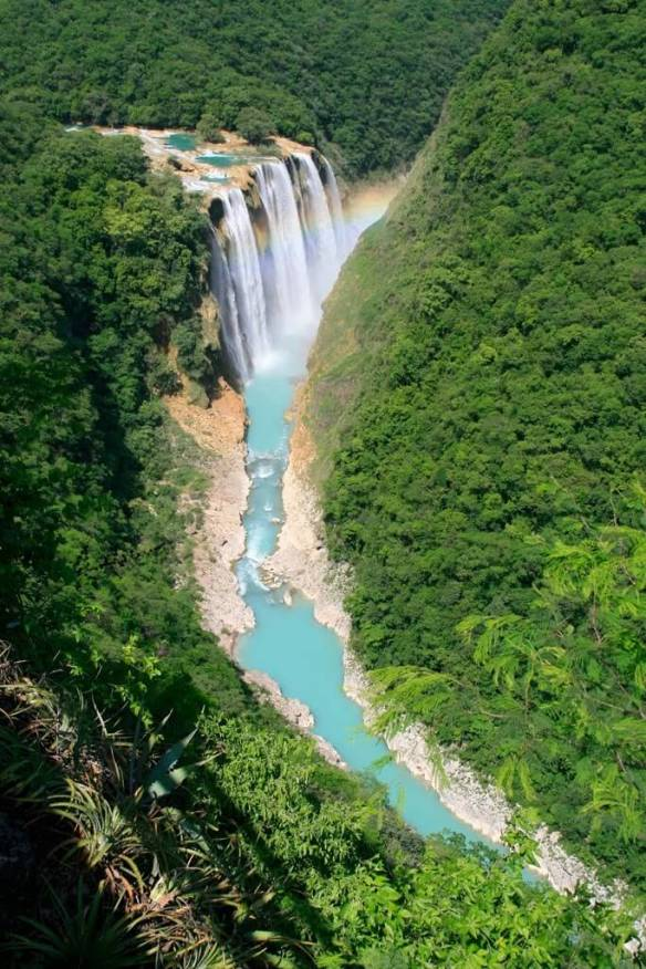 Tamul waterfall in the Huasteca Potosina, Mexico