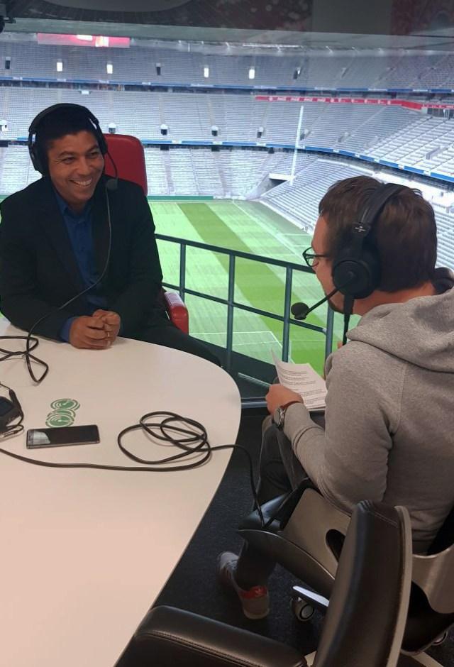 Und wann kehrt Giovane Élber zum FC Bayern zurück? Im Rasenfunk war er schon. (Foto: Rasenfunk)
