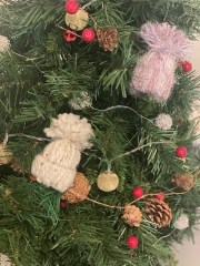 Easy DIY Holiday Craft Project The Whole Family Can Do!
