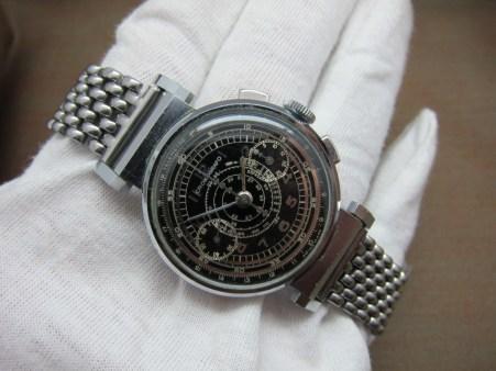 gilt chronograph no name