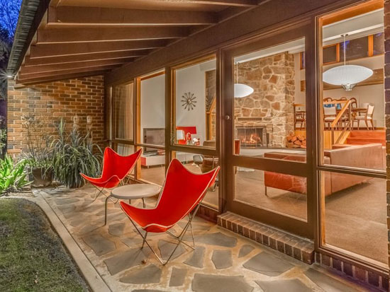 On The Market 1970s Hassell Amp Partners Designed Midcentury Style Property In Adelaide South