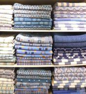 Einige der wunderschönen Produkte - hier Bettüberwürfe und Polsterbezüge