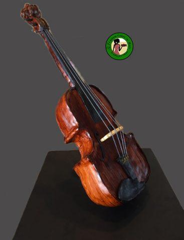 violin standing up