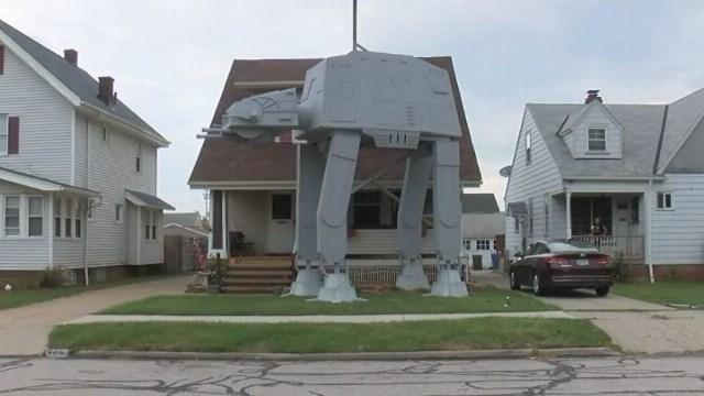 Ohio Star Wars Halloween AT-AT Replica