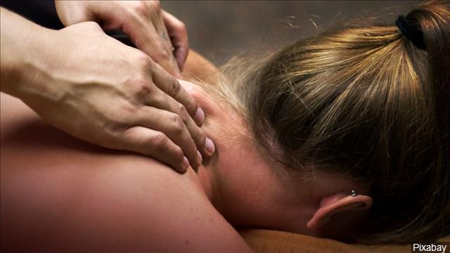 Chiropractor_Spine_Massage_Sexual_Assualt_640x360_90125B00-QRAOF_1548877382346.jpg