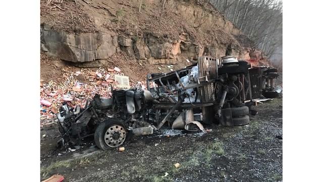 i-77 crash_1558017760300.jpg-794306118.jpg
