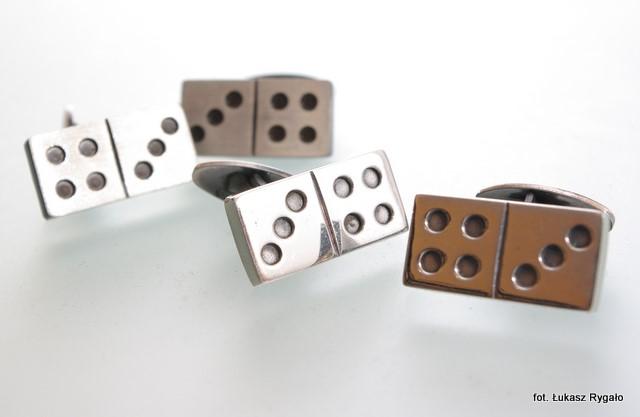 Srebrne spinki mankietowe Domino