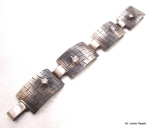 Srebrna bransoleta szczelina