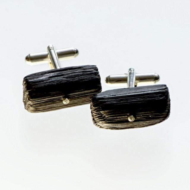 Srebrne spinki mankietowe z czarnym dębem i cyrkonią