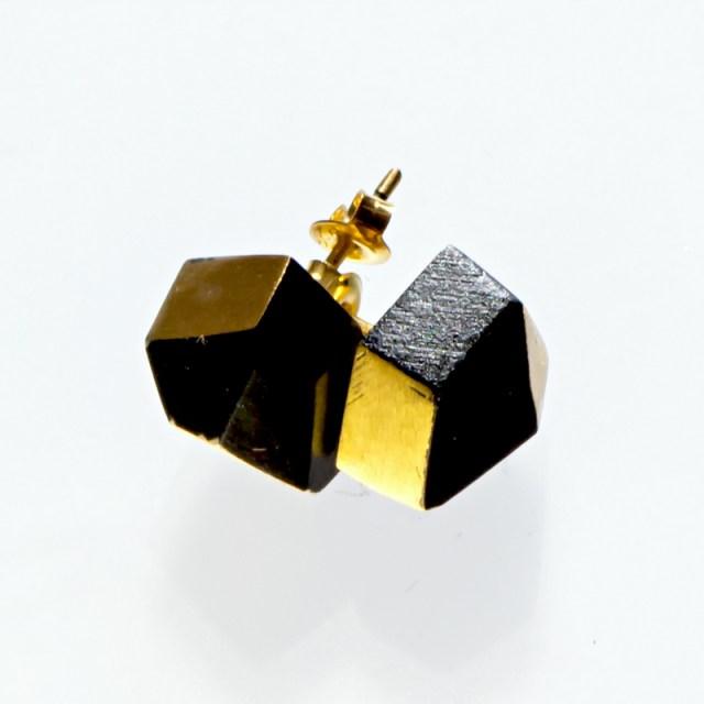 Srebrne kolczyki Kryształy z elementami lakierowanymi i pozłacanymi