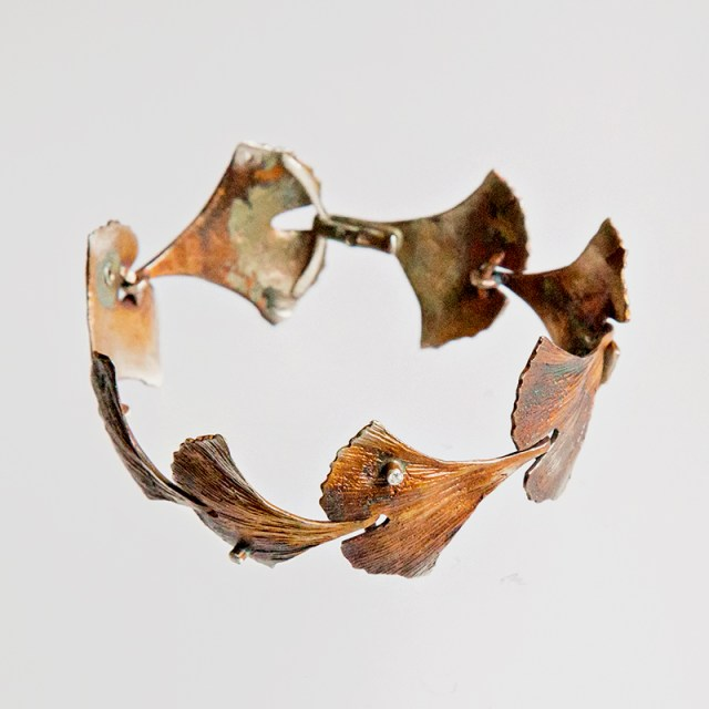 Srebrna bransoleta Ginko z cyrkonią