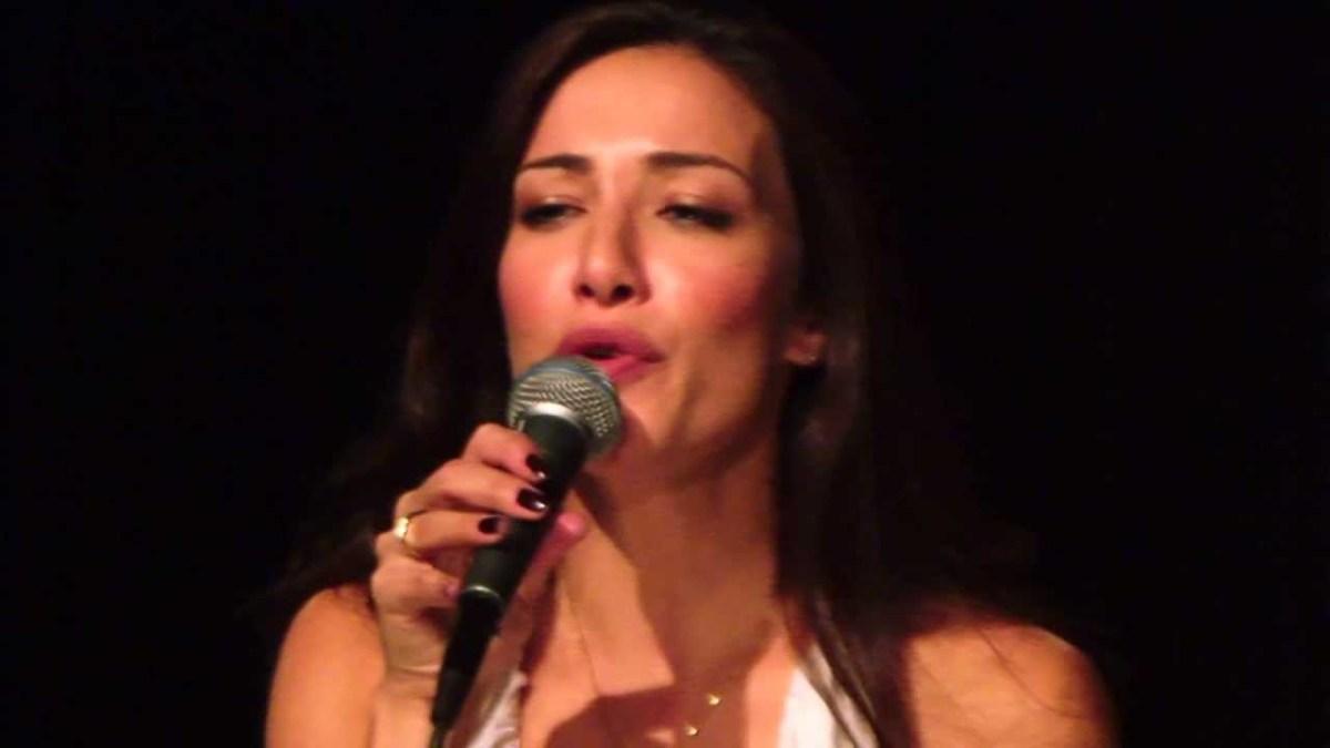 Cris Carniato: Atriz e cantora fala sobre a Associação Elo Solidário.