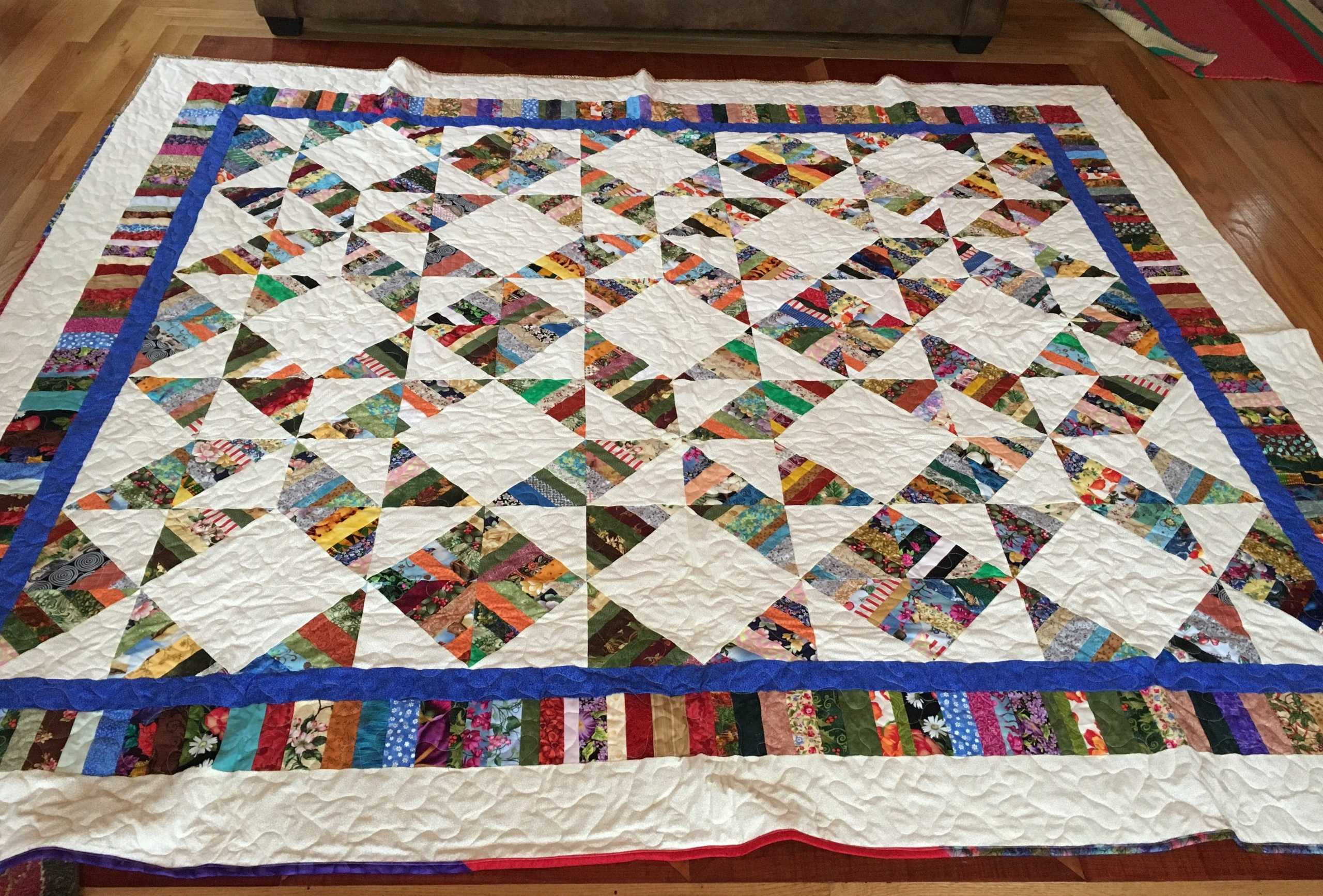 QUEEN SIZE QUILT <br/> Donated by: SUNSHINE QUILTERS OF LAFARGEVILLE <br/> Valued at: $500