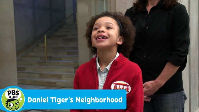 DANIEL TIGER'S NEIGHBORHOOD | Olivia Visits the Library | PBS KIDS