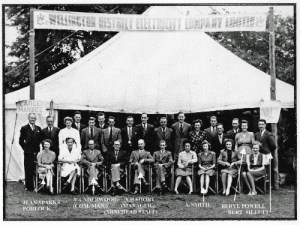 SWEHS 16.0.009.jpg - Date c1947 - Wellington District Electricity Company Limited staff. Somerset, Wellington .