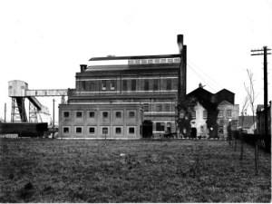 SWEHS 18.2.006.jpg - Date 1935 - Newton Abbot generating station. Devon, Newton Abbot .