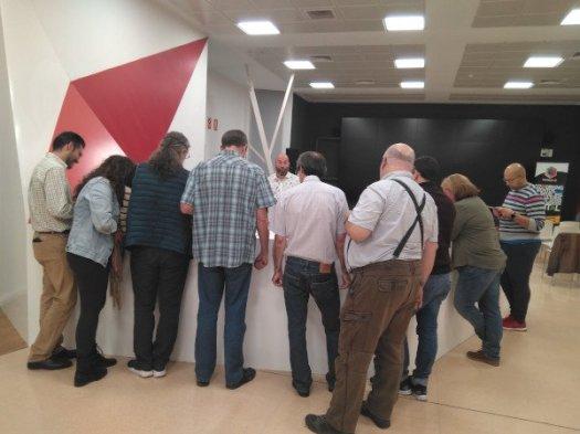 La comunidad de LPGC votando las charlas y talleres de la WordCamp