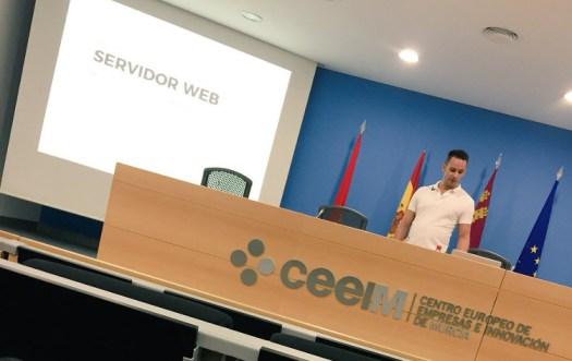 Samuel Cerezo ponencia de seguridad