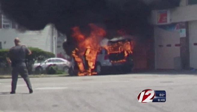EP car fire_191108