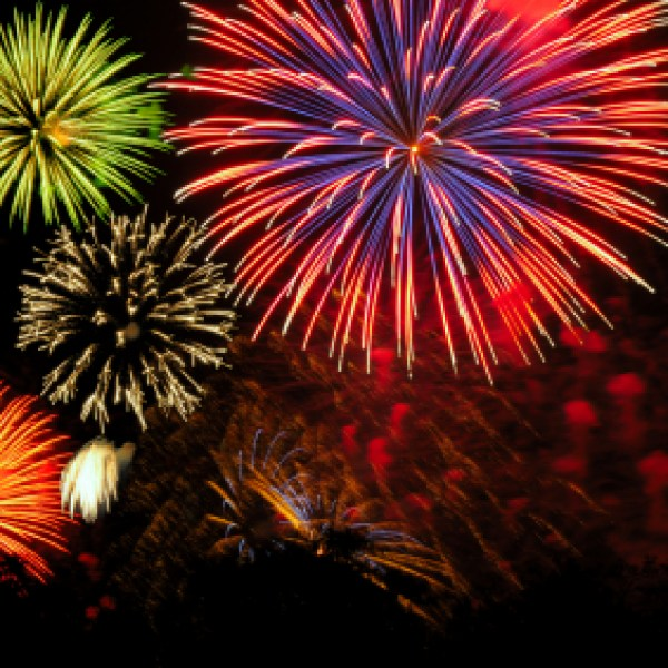 generic colorful fireworks display cluster_2422