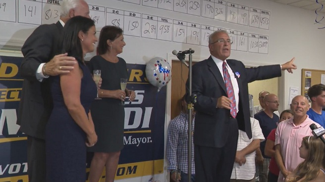 North Providence Mayor Charles Lombardi wins primary_357344