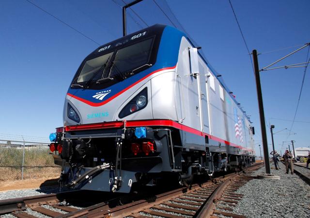 Generic Amtrak train_257118