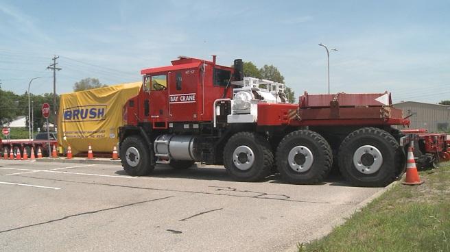 Oversized truck - big rig_510727