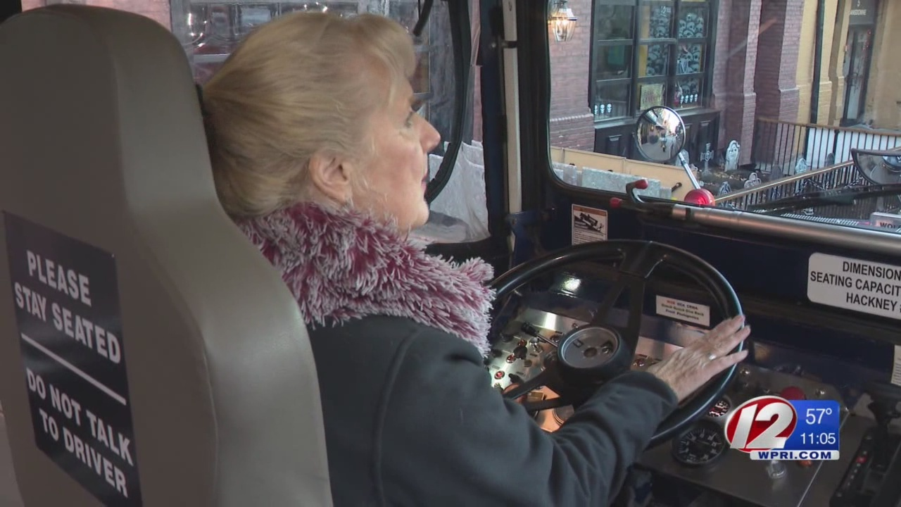 Cranston native drives duck boat during Red Sox rolling rally