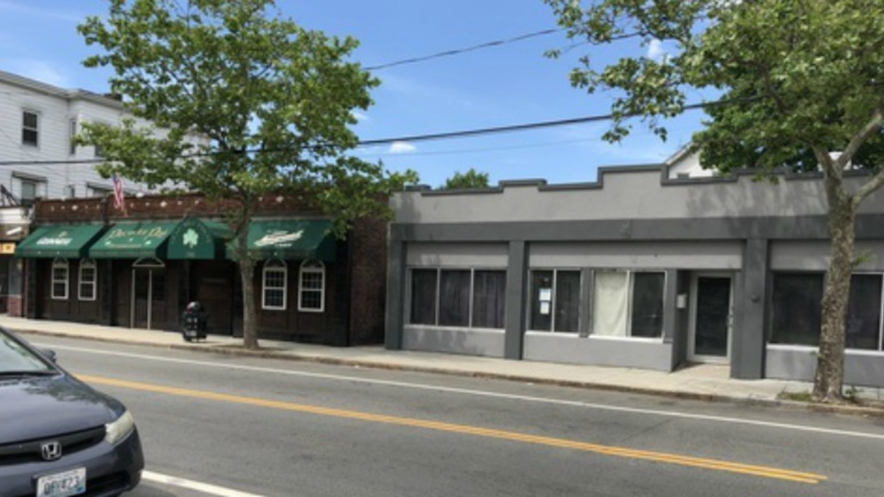 Councilors clash over Smith Hill restaurant's liquor license