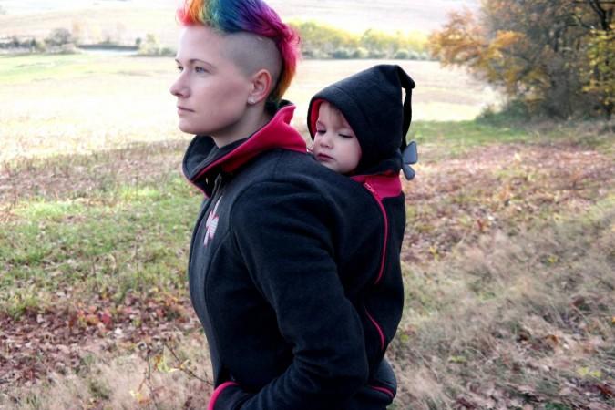 Review: Zoli babywearing coat