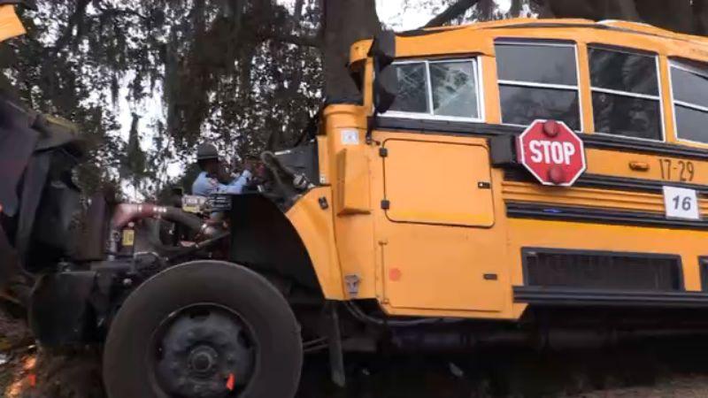 bus-accident-2_311217