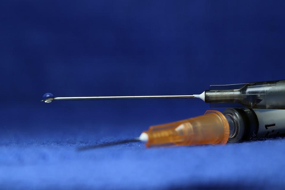 syringe-3908157_960_720_1554752570521.jpg