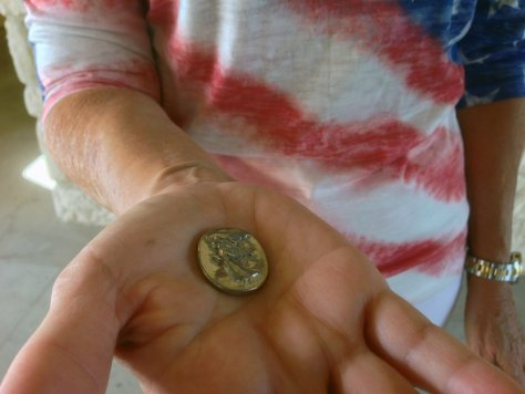 Killeen resident Jean Shine has handed out thousands of angel coins to soldiers headed to war.