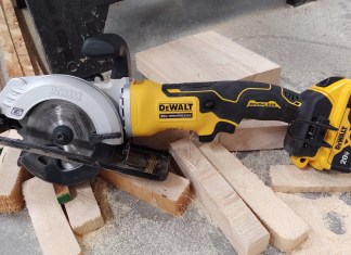 "DEWALT ATOMIC 20-Volt MAX Cordless 4-1/2"" Circular Saw Review DCS571"
