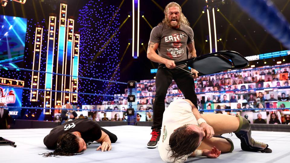 Beth Phoenix Reacts To Edge Turning Heel On WWE SmackDown