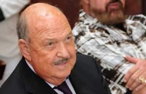Gene Okerlunf face