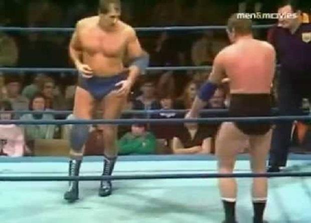 Wayne Bridges vs Pete Roberts