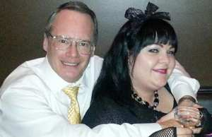 Jim Cornette and wife smile