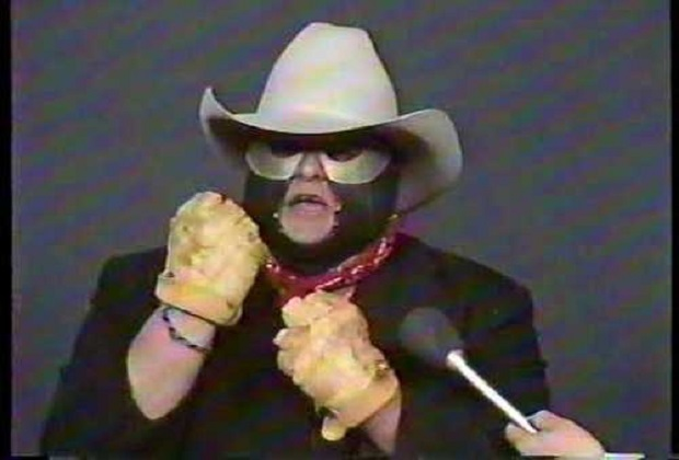 Dusty Rhodes to return under a mask called The Midnight Rider