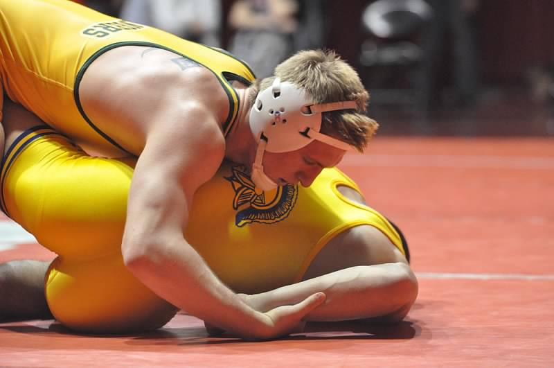 Forest Hills wrestler picks Penn State