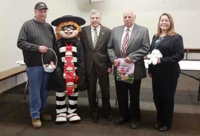 2016 Easter Egg Hunt-pr pic: (From left to right) Parks Manager John Williams, McDonald's Hamburglar, Mayor Sam Teresi, Sertoma Club Member Anthony Raffa, Recreation Coordinator Julia Ciesla-Hanley