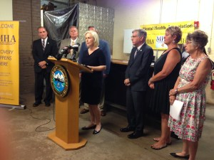 [LISTEN] Gillibrand Announces Details of Opioid Addiction Prevention Act During Stop in Jamestown
