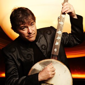 [LISTEN] Arts on Fire – Peter Weinreich Interviews Bela Fleck